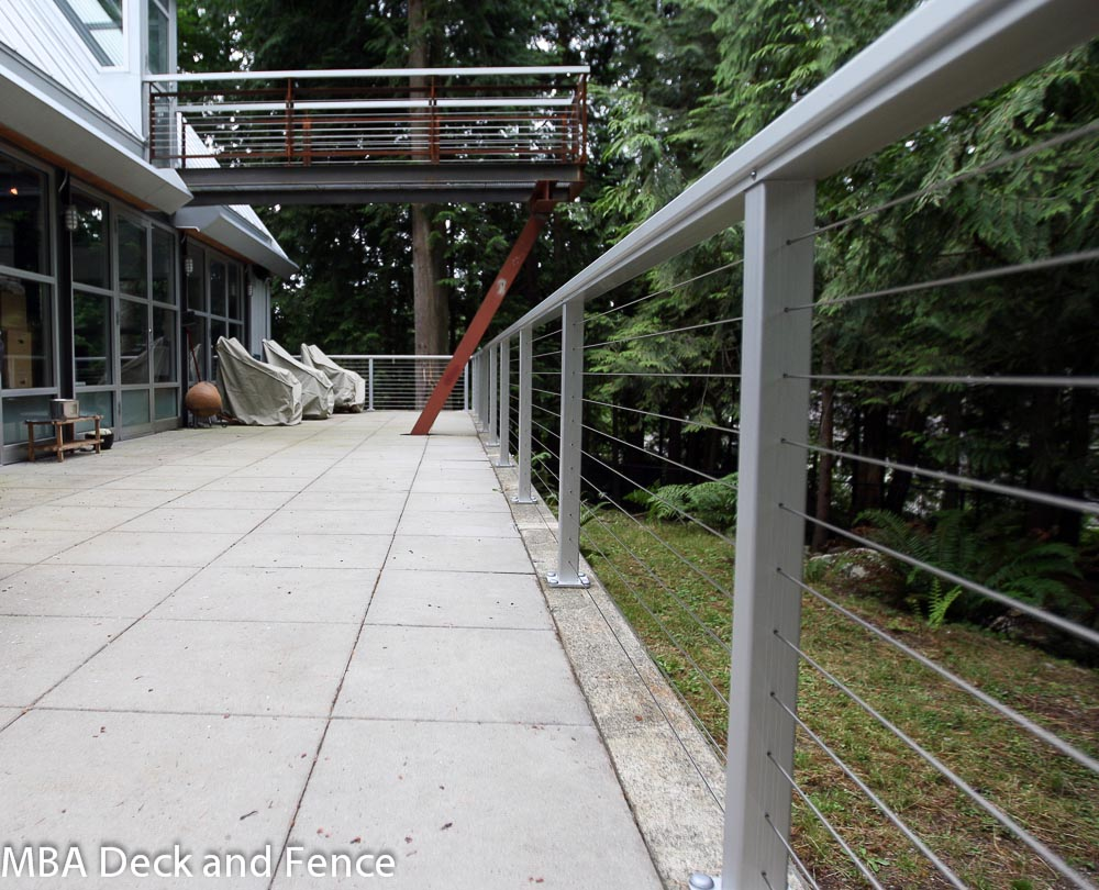 Issaquah cable railing photos - MBA Deck and Fence